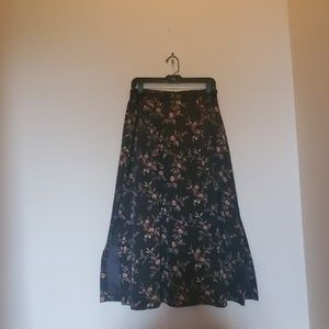 AUGUST MAX WOMAN LINED LONG SKIRT WITH SIDE SLITS